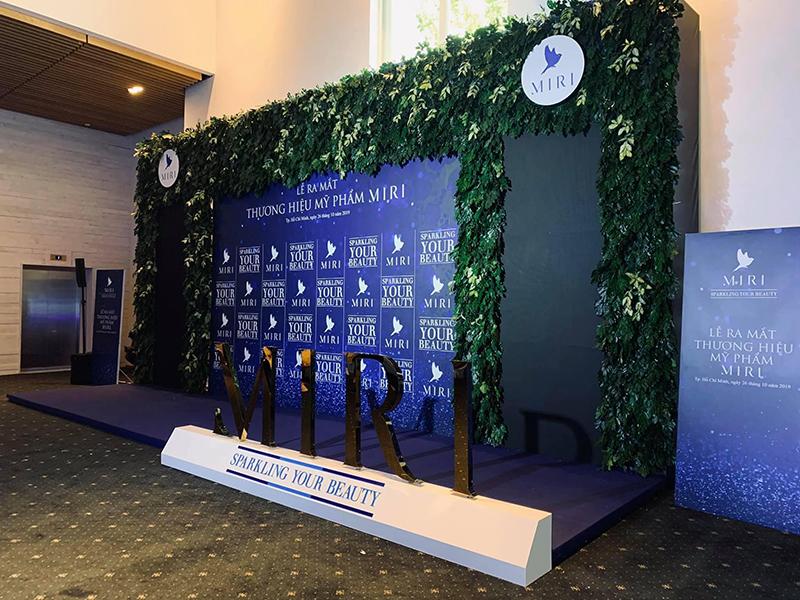 Thi công Sân khấu sự kiện họp báo ra mắt sản phẩm mới